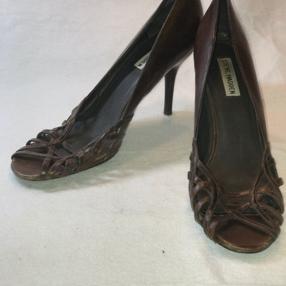 Steve Madden - Brown Leather Pumps Size 10M